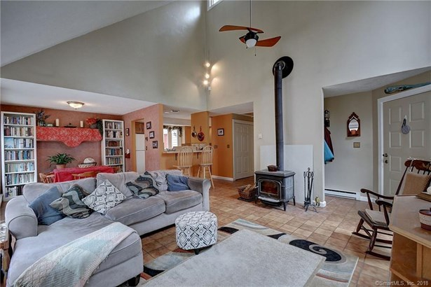 232 Old Colchester Road, Hebron, CT - USA (photo 4)