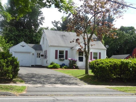 15 Forest Street, East Hartford, CT - USA (photo 2)