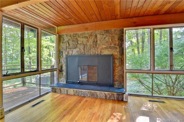 68 Mountain View Terrace, North Branford, CT - USA (photo 4)
