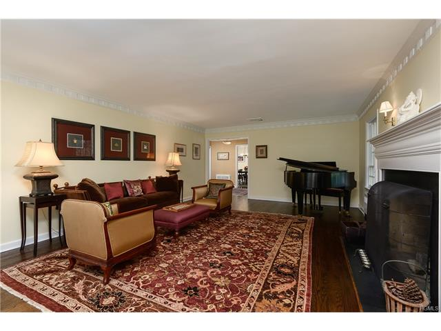 3 Taylor Road, Mount Kisco, NY - USA (photo 5)