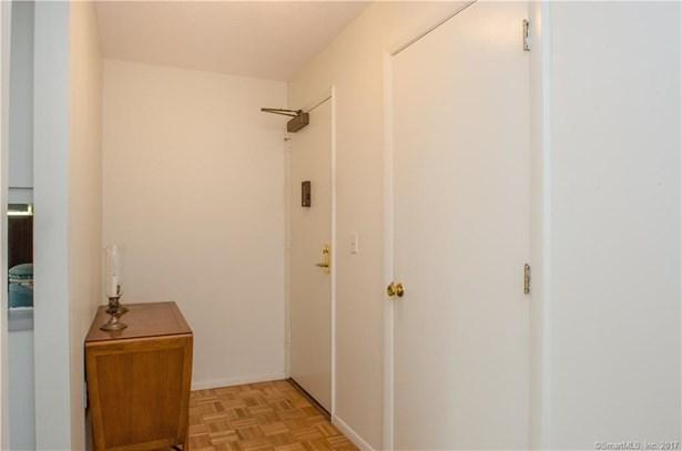 887 Farmington Avenue 3a, West Hartford, CT - USA (photo 5)