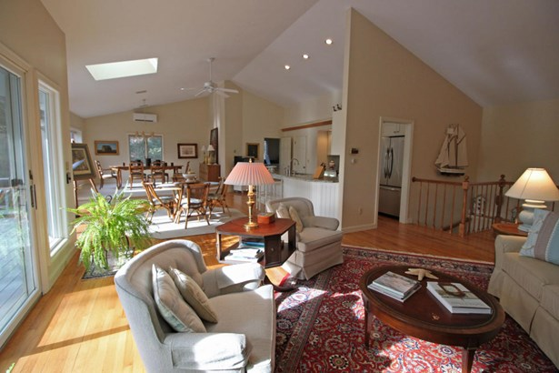 27 Winding Cove Road, Barnstable, MA - USA (photo 4)
