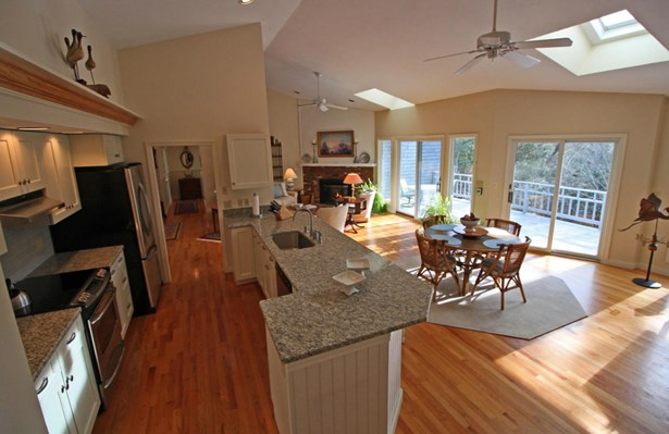 27 Winding Cove Road, Barnstable, MA - USA (photo 5)