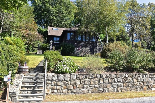 915 Candlewood Lake Road South, New Milford, CT - USA (photo 2)