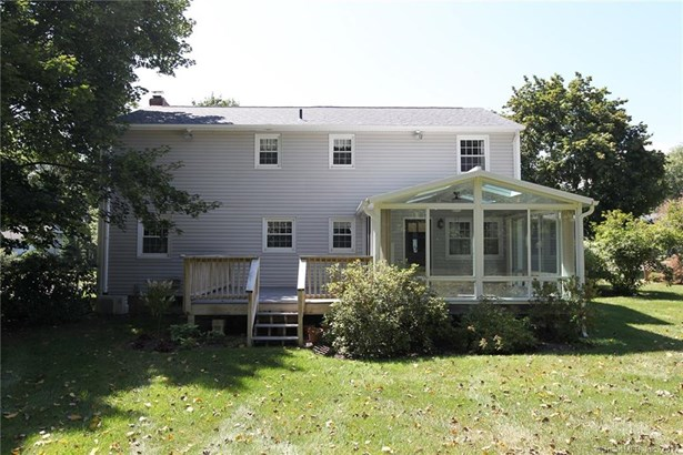 8 Winthrop Road, Windsor, CT - USA (photo 4)