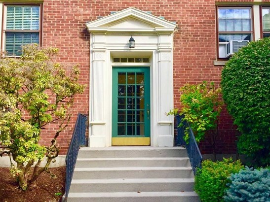 1492 Beacon St 6, Brookline, MA - USA (photo 3)