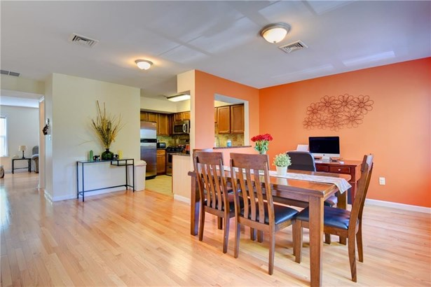 48 East Grand Avenue 48, New Haven, CT - USA (photo 4)