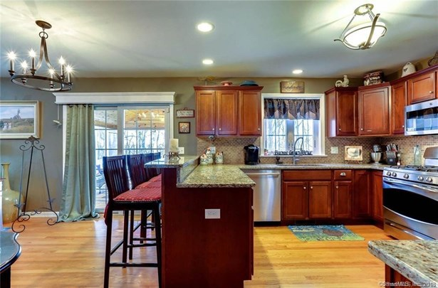 192 Cobblestone Lane, Meriden, CT - USA (photo 3)