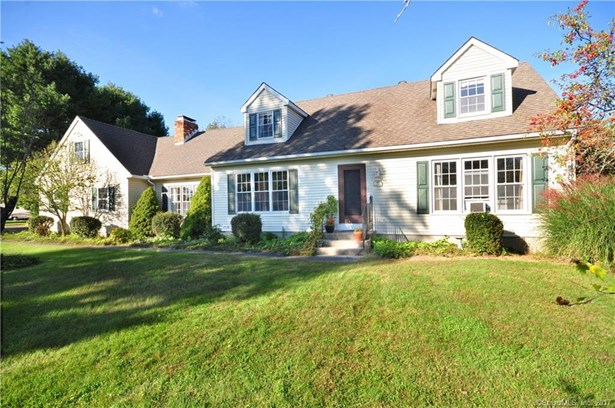 38 Bridle Road, New Milford, CT - USA (photo 1)