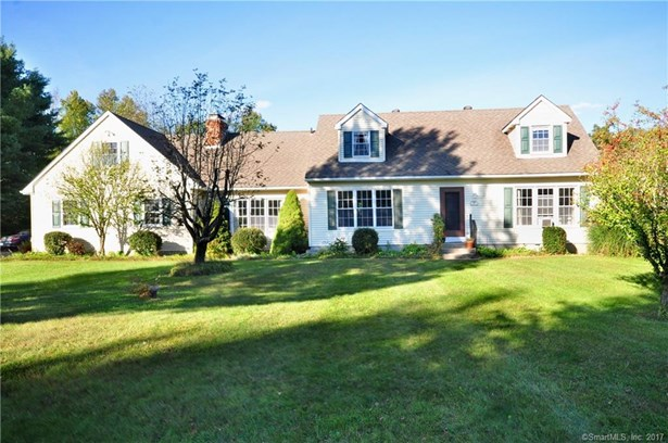 38 Bridle Road, New Milford, CT - USA (photo 2)