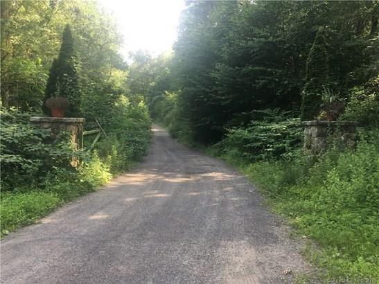 100 Hunters Mountain Road, Naugatuck, CT - USA (photo 1)
