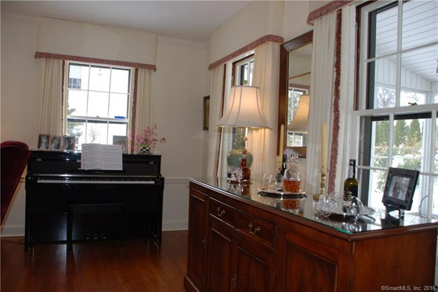 25 Scarsdale Road, West Hartford, CT - USA (photo 3)