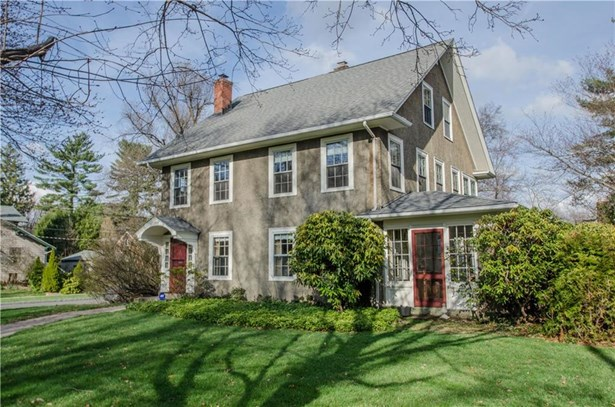 142 Steele Road, West Hartford, CT - USA (photo 2)