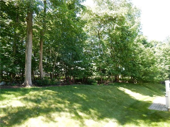 137 Thorn Hollow Road, Cheshire, CT - USA (photo 4)