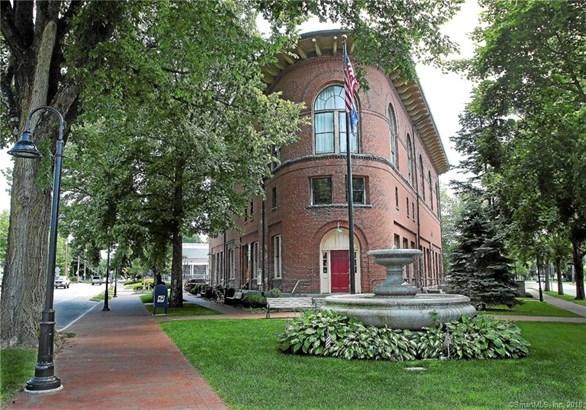 66 West Elm Street, Deep River, CT - USA (photo 1)