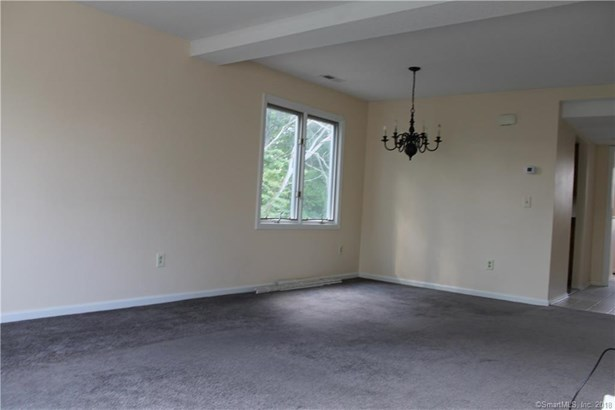 173 Russo Avenue 506, East Haven, CT - USA (photo 4)