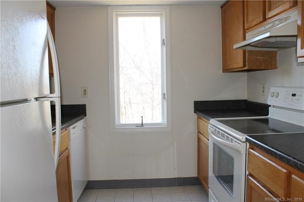 173 Russo Avenue 506, East Haven, CT - USA (photo 5)