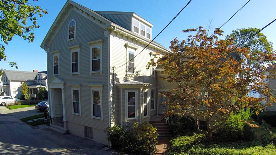 25 Pleasant St, North Kingstown, RI - USA (photo 3)