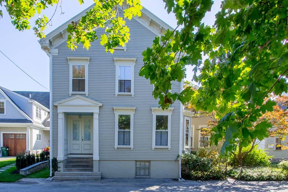 25 Pleasant St, North Kingstown, RI - USA (photo 4)