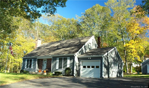48 Clearview Drive, Norwich, CT - USA (photo 1)