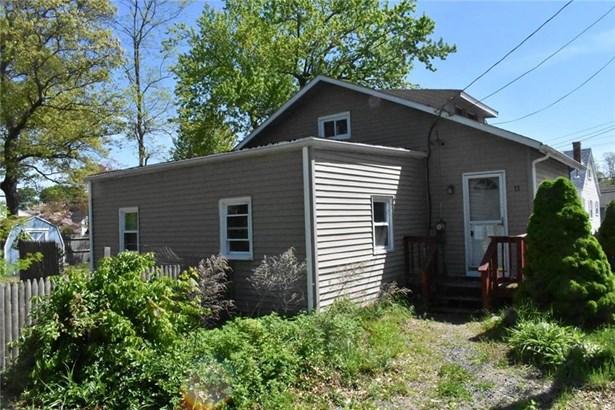 11 Pinehurst Av, Warwick, RI - USA (photo 1)
