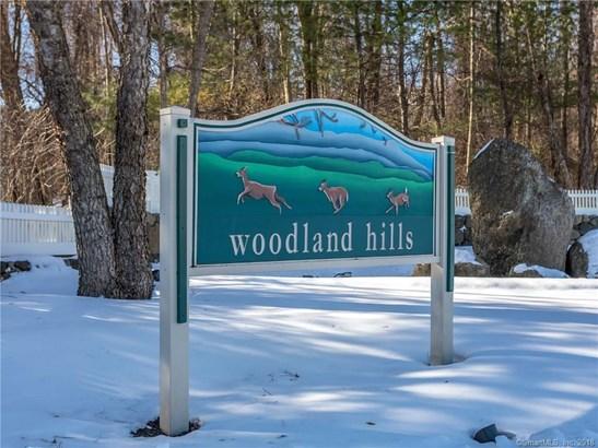 22 Woodcrest Lane 22, Danbury, CT - USA (photo 1)