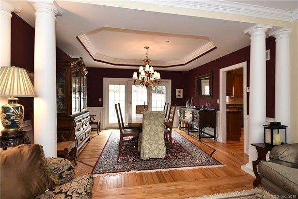 745 Cook Hill Road, Cheshire, CT - USA (photo 3)