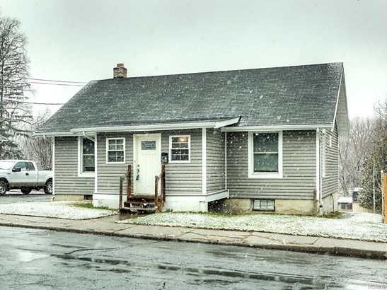27 Bonnell Place, Middletown, NY - USA (photo 1)