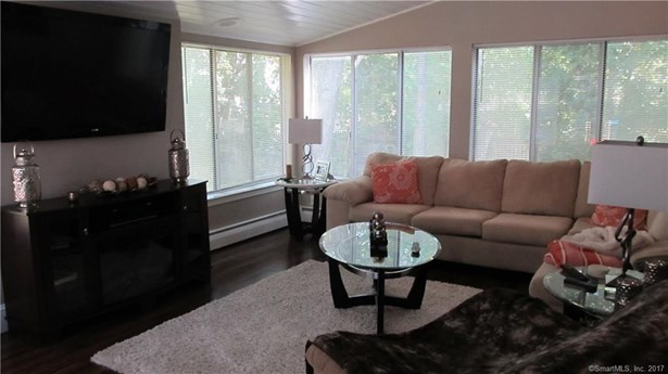 38 Woodway Road, Stamford, CT - USA (photo 2)