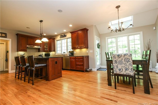 51 Avalon Lane, Marlborough, CT - USA (photo 2)