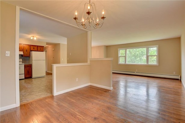 71 Oxbow Lane, West Haven, CT - USA (photo 5)