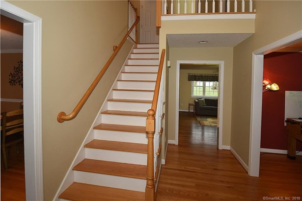 36 Bayberry Road, Manchester, CT - USA (photo 3)