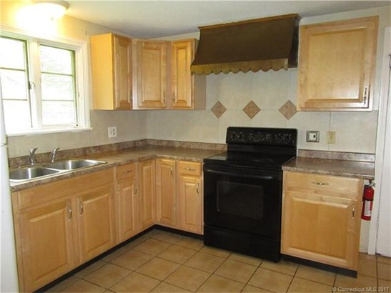 754 Cottage Grove Road, Bloomfield, CT - USA (photo 5)