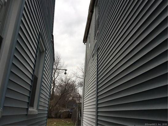 693 Central Avenue, Bridgeport, CT - USA (photo 3)