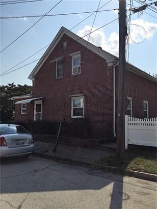 39 Aldrich Av, Cranston, RI - USA (photo 2)
