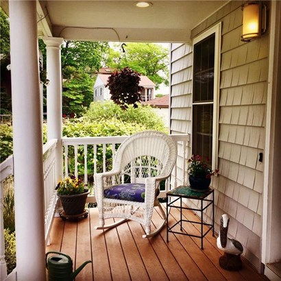 15 Meadow Street, East Haven, CT - USA (photo 3)