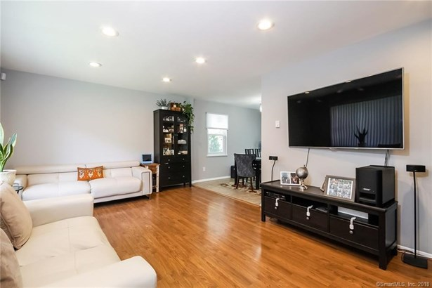 63 Maple Tree Avenue A, Stamford, CT - USA (photo 3)