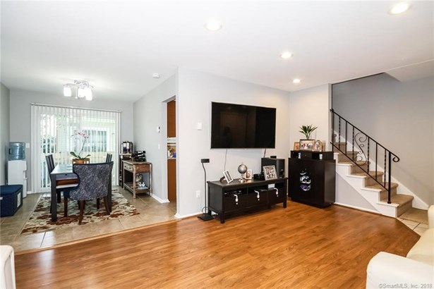 63 Maple Tree Avenue A, Stamford, CT - USA (photo 5)