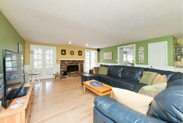 79 Forest Ave, Cohasset, MA - USA (photo 5)