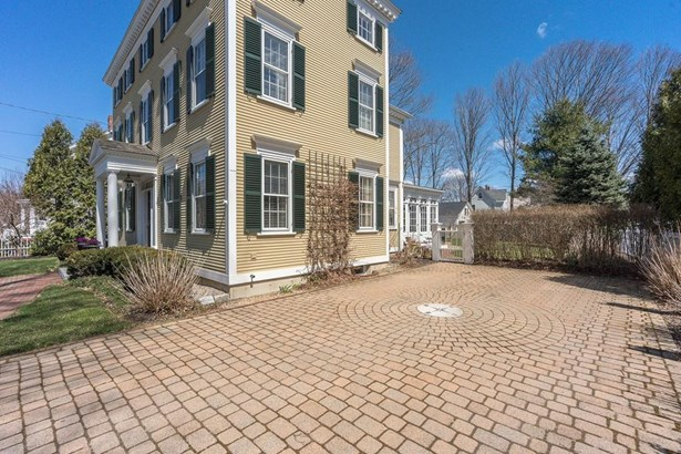 274 High Street, Newburyport, MA - USA (photo 2)