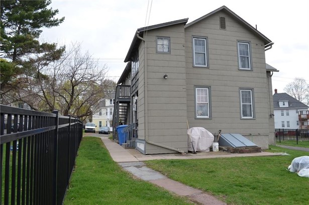 240 Smalley Street, New Britain, CT - USA (photo 4)