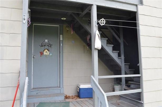 240 Smalley Street, New Britain, CT - USA (photo 5)