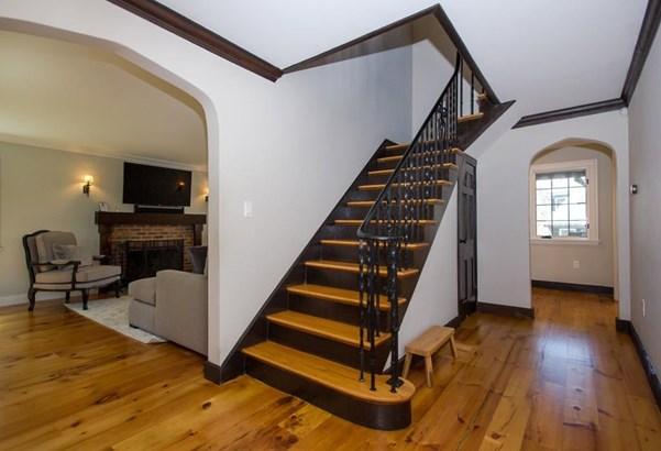 29 Gate House Rd., Newton, MA - USA (photo 2)