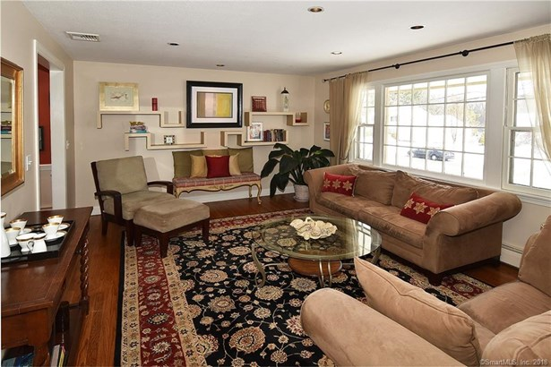 35 Coppermill Road, Wethersfield, CT - USA (photo 4)