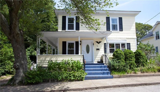 24 Matteson Av, West Warwick, RI - USA (photo 1)