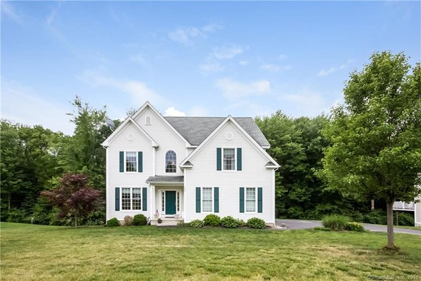 100 Tufts Drive, Manchester, CT - USA (photo 1)