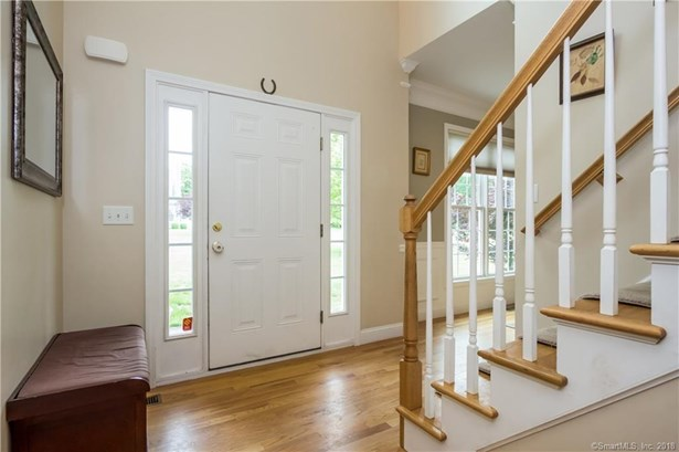 100 Tufts Drive, Manchester, CT - USA (photo 5)