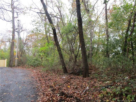 363 Woodlawn Avenue Extension, Bridgeport, CT - USA (photo 1)