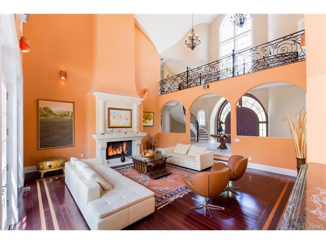 65 Brookwood Drive, Briarcliff Manor, NY - USA (photo 2)