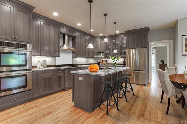 300 Homefair Drive, Fairfield, CT - USA (photo 1)